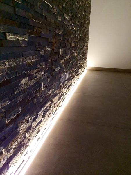 Impressionen - Steinwand beleuchten ...